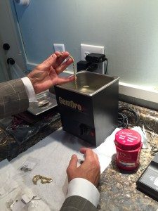 Marcou Jewelers - Jewelry cleaning
